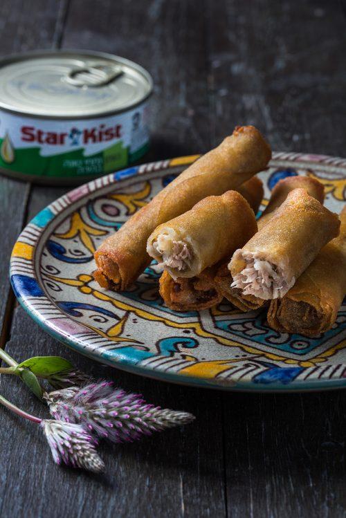 סיגרים במילוי נתחי טונה בהירה בשמן