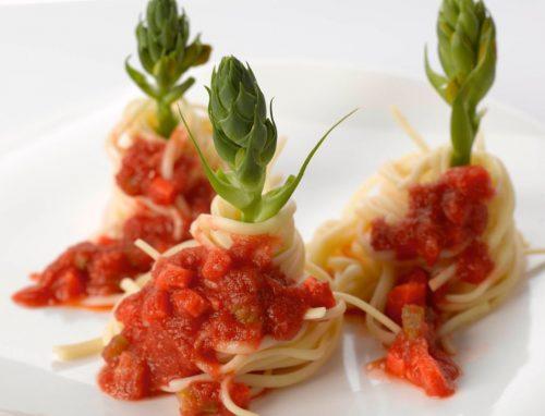 ספגטי בולונז עם טונה בפלפל חריף